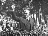 04.09.2012. Nacionālā identitāte: Nosvinēti Latvijas bijušā prezidenta Kārļa Ulmaņa 135. gadadiena