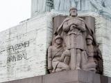 14.06.2012. Nacionālā identitāte/Artis Pabriks: aicinu 14. un 17.jūnijā pieminēt visus, kuri okupācijas gados nezaudēja ticību savai valstij