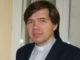 16.03.2012. Latvija Rīga. Mācītājs Guntis Kalme: 16.marts pieminēt un godināt