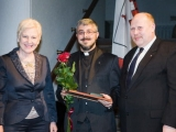 23.04.2012. Ārvalstīs/Lietuva: priesteris saņem valdības apbalvojumu par ieguldījumu sociālajā, kultūras un politiskajā laukā