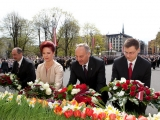 04.05.2012. Latvija: Āboltiņa par 4.maiju: Diena, kas parāda, kāds spēks ir ticībai, pārliecībai un kopīgai cerībai