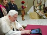 """14.12.2012. Ārvalstīs: Romas pāvests veic pirmo ierakstu """"Twitter"""""""