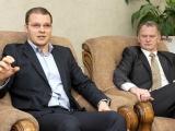 """13.12.2013: Raivis Dzintars un Gaidis Bērziņš: Valdība nav """"draugu klubs"""", par principiem būs cīņa"""