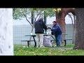 Puisis iedeva bezpajumtniekam 100$ un bija pārsteigts redzot, ko viņš ar tiem iesāka