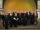 Pirmo reizi Jauno Derību latviski lomās ierunājuši bīskapi un mācītāji