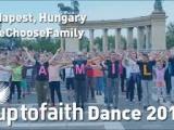Ungārija: Budapeštā ar 2000 dalībnieku piedalīšanos norisinājās zibakcija atbalstot ģimenes vērtības