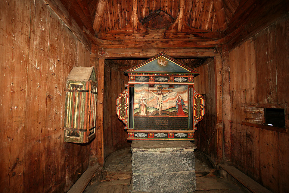 Borgund Stave Church Altar photo fotod.org